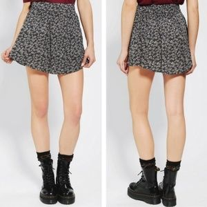 Urban Outfitters / Cooperative Daisy Skirt